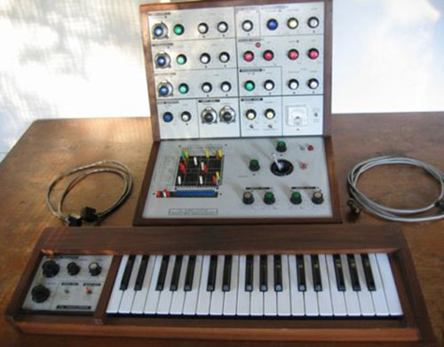 EMS VCS3 mkII synthi cricklewood w/ keyboard & pins.